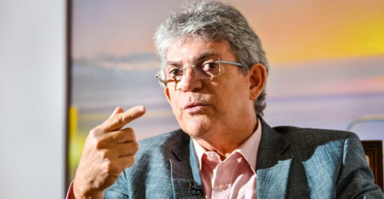Justiça determina retirada de propaganda eleitoral de RC na TV com participação de Lula