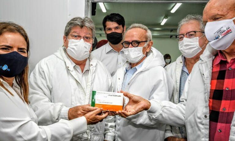 Governador João Azevêdo inicia campanha de vacinação contra a Covid-19