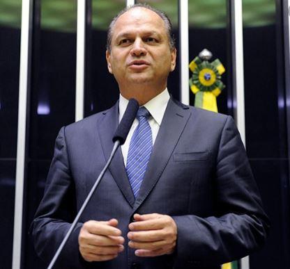 Líder do governo Bolsonaro admite que a Lava Jato prendeu Lula para deixá-lo fora das eleições de 2018