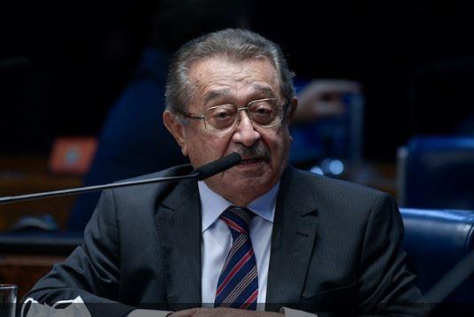 Senado decreta luto oficial por morte de José Maranhão