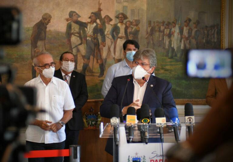 João Azevêdo e Cícero Lucena anunciam decisões conjuntas para enfrentar aumento do coronavírus