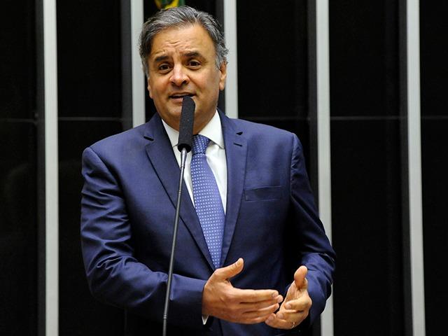 Aécio Neves assume comando da Comissão de Relações Exteriores da Câmara