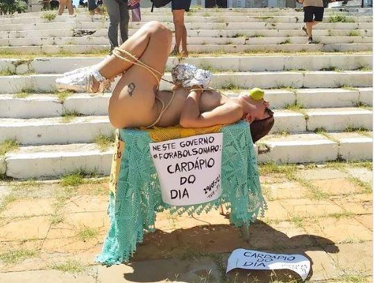 OPINIÃO | A moralidade segundo Nilvan Ferreira, cidadão de bem, investigado por vender roupas falsas