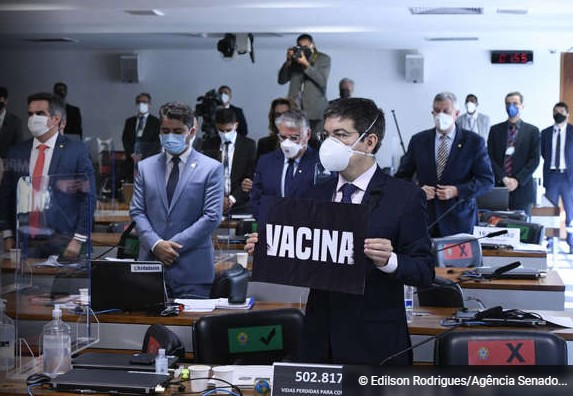 CPI da Covid mira compra de vacina indiana e vai investigar ministro da Saúde
