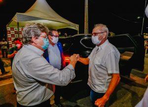 Governador faz entrega de obras viárias na Zona Sul de João Pessoa ao lado de Cícero Lucena, um investimento de R$ 15 milhões