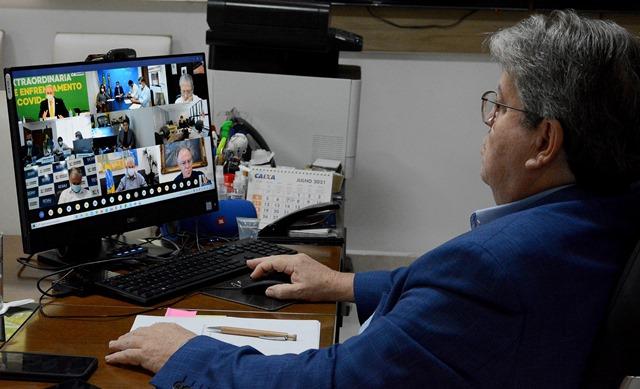 Governador da Paraíba discute cronograma de distribuição de vacinas com ministro Marcelo Queiroga