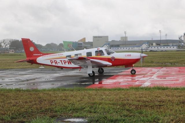 Aeronave do serviço aeromédico inicia ações com transporte de vacinas contra Covid-19