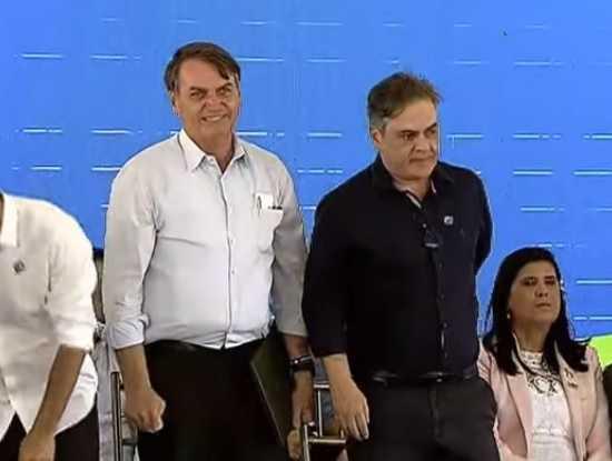 OPINIÃO | Cássio ensaia abandonar Bolsonaro para salvar Romero da derrota